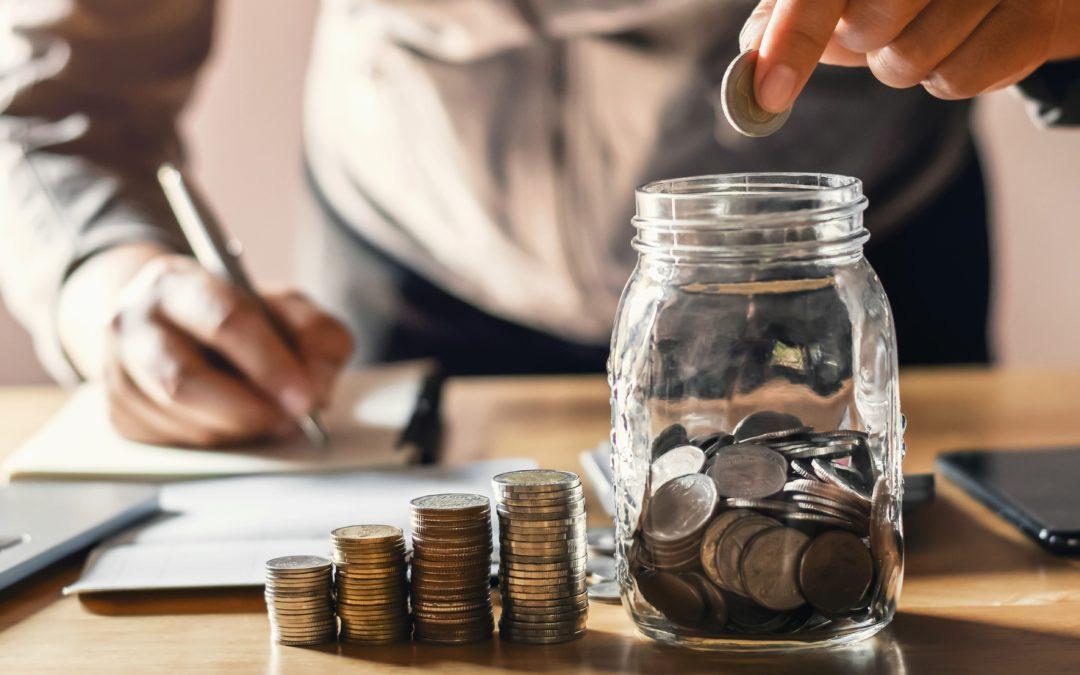 Geld sparen im Alltag – 50 nützliche Tipps