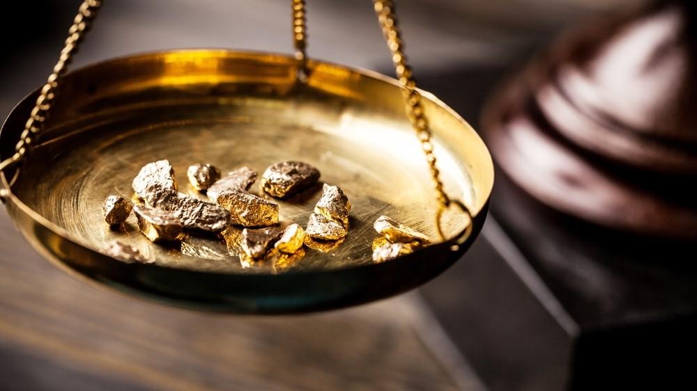 In Gold investieren – Lohnt sich das? Wir sagen Ja!